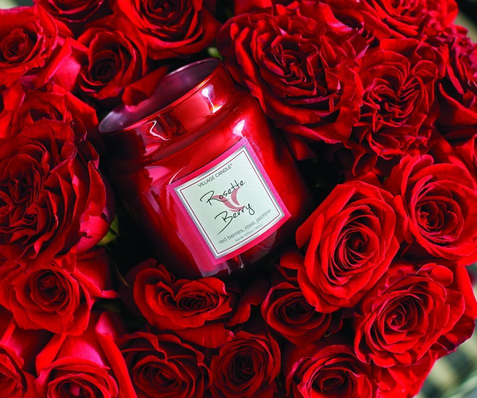 Rosette Berry Metallic Candle